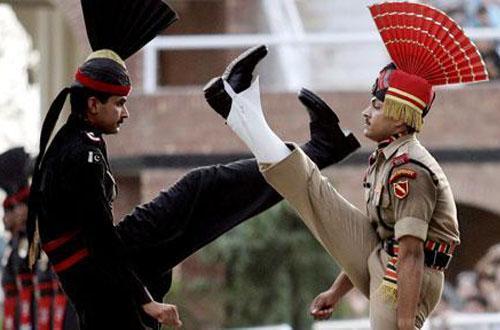 印巴冲突_巴方抓获44名极端分子,印巴冲突嫌疑人落网,印度谎话被揭穿