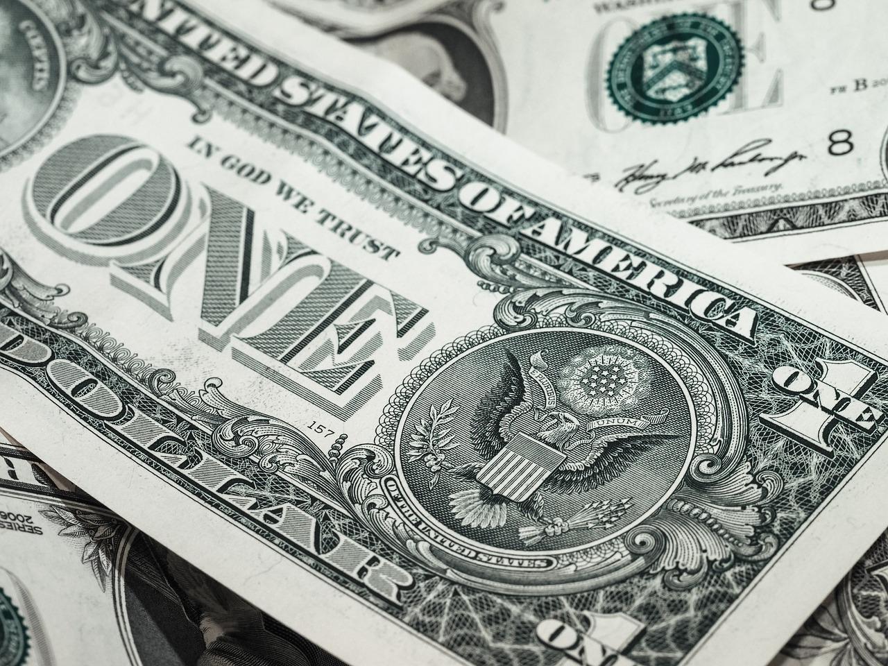 人民币开始逐渐收复失地 人民币汇率创两周新高