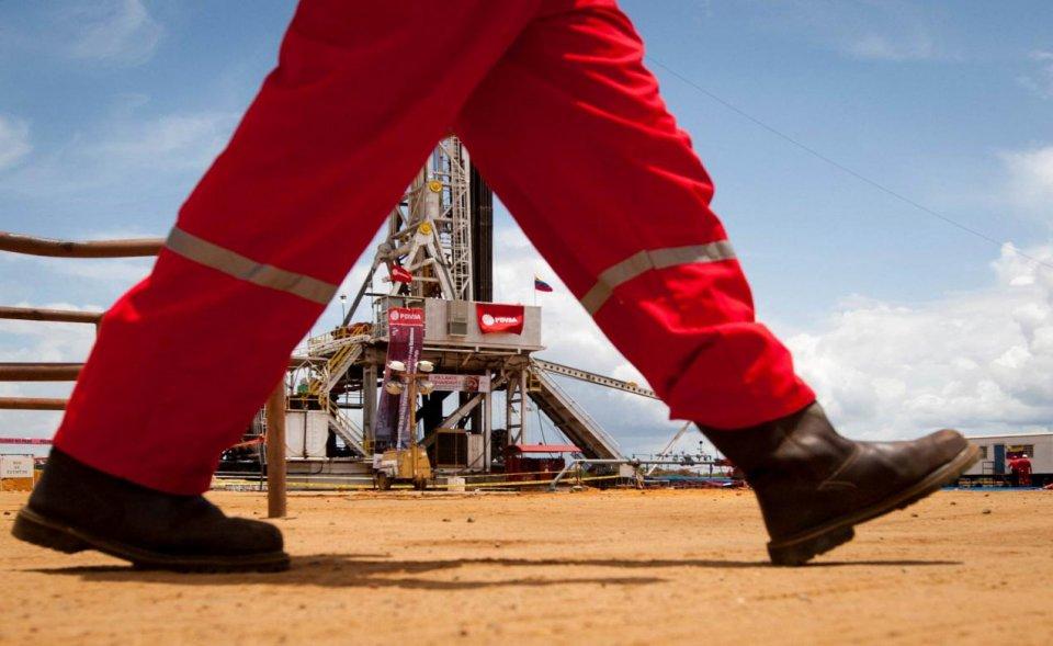 委内瑞拉或引油价再飙升?美国原油陷入尴尬,中国牵手西非!