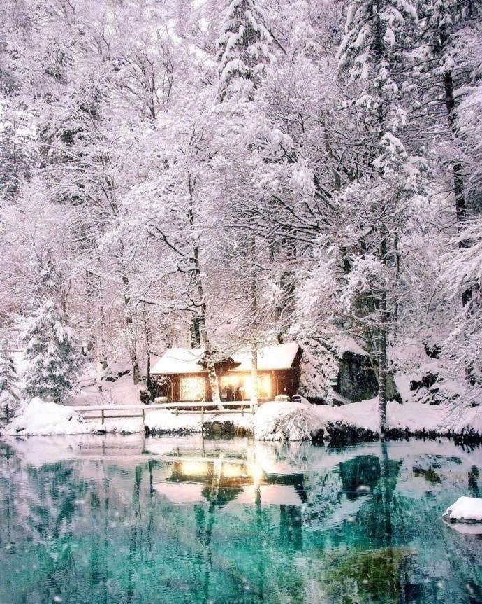瑞士灯光辉映下的雪景,美得不像话