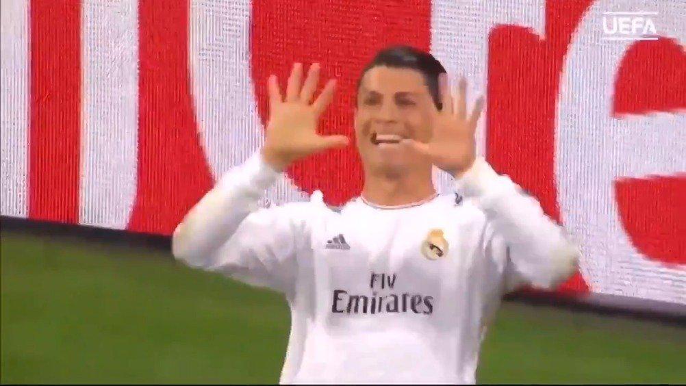 欧冠:当C罗打进第三个进球后,镜头给到了马竞主教练!