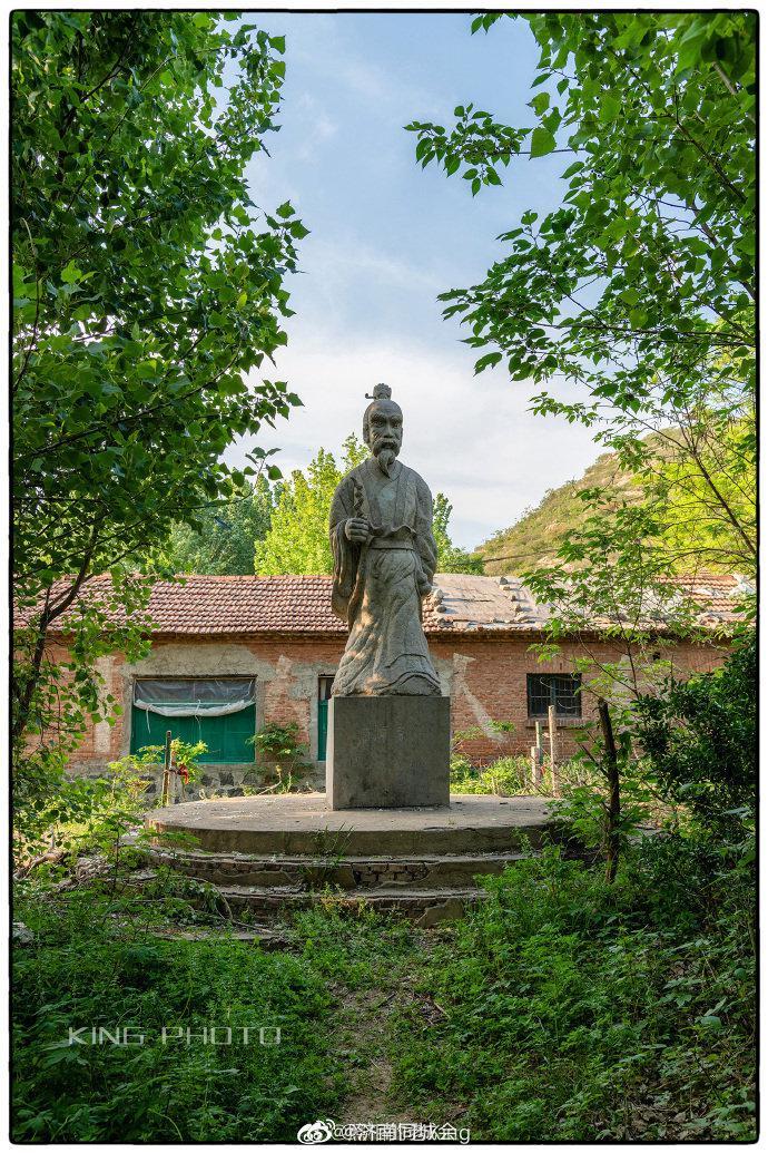 """鹊山位于济南市天桥区黄河以北,是古""""齐烟九点""""之一"""