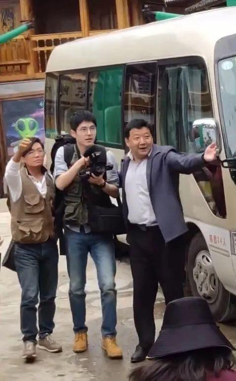 《吾和吾的家乡》贵州单元路透照:王宝强、刘昊然、王砚辉