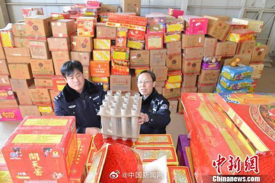 全国人大代表黄小玲:建议提升烟花爆竹科技含量