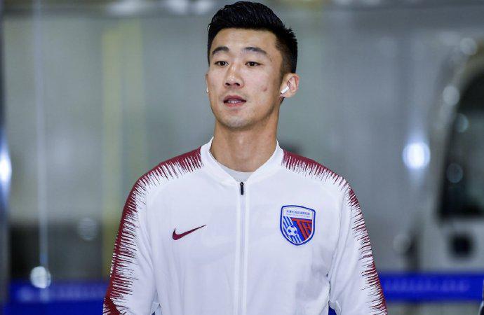 足球报:张鹭已抵达深圳 将与深足展开合同谈判