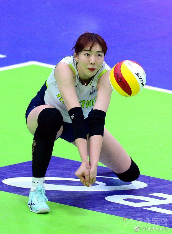 韩国25岁女排球员意外离世巴西