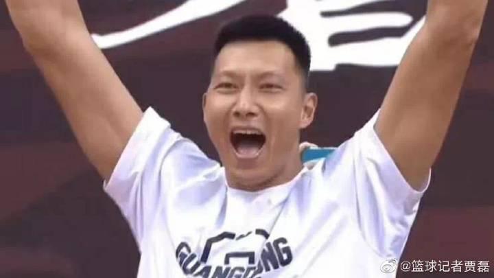 贾磊:阿日的一掏,杜锋的一T,广东的逆天改命