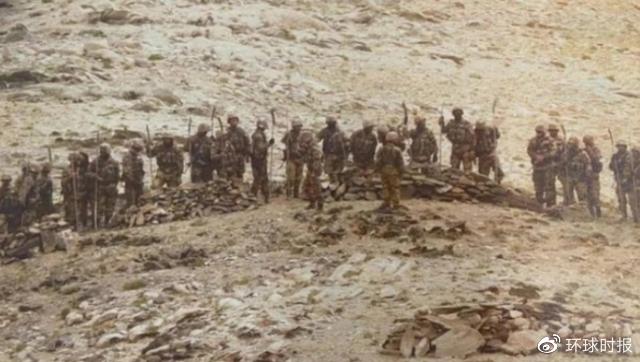中印对峙前线解放军士兵的照片(资料图)