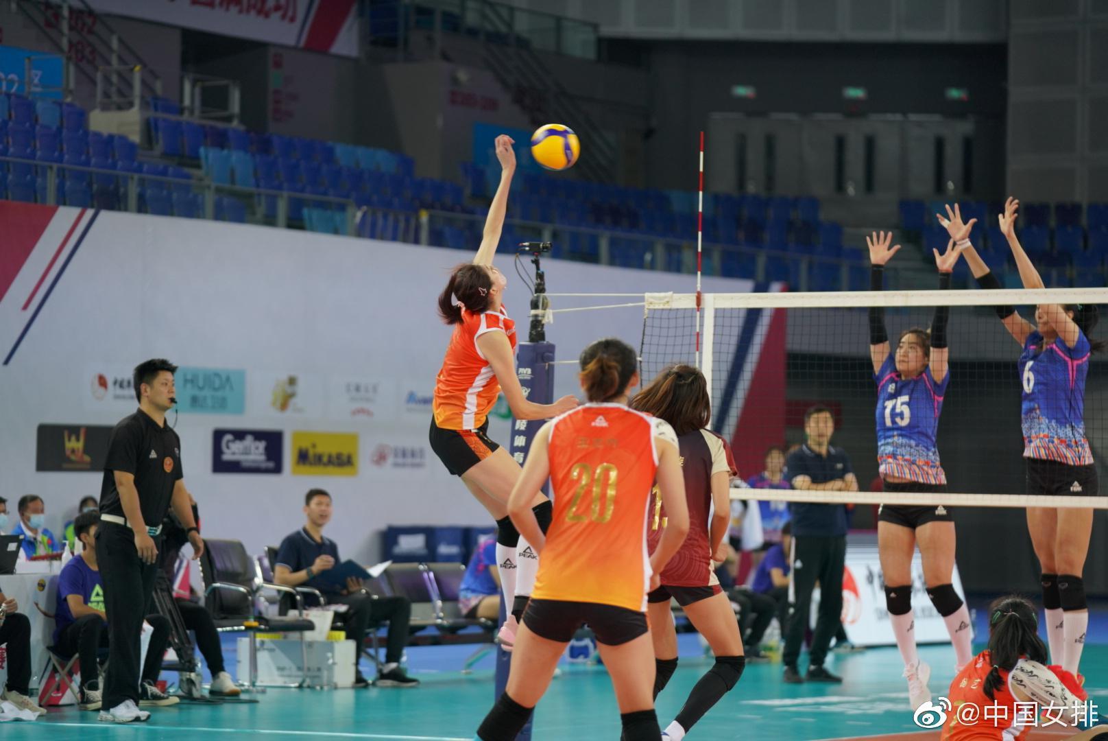 全锦赛天津女排3-1逆转北京 两胜两负暂列小组第4