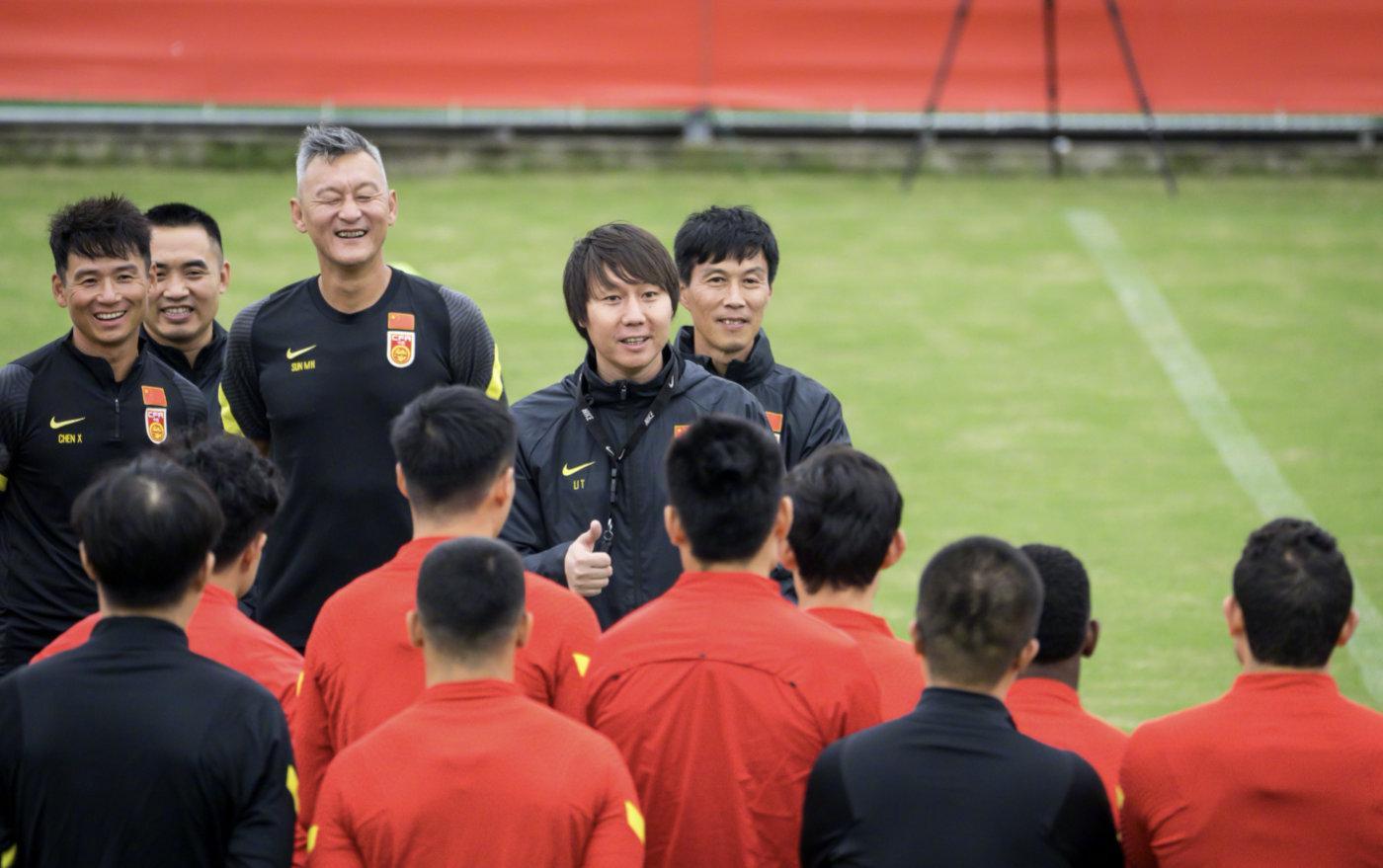 中国足协总监给国足详解世界技战术趋势 集训劳逸结合