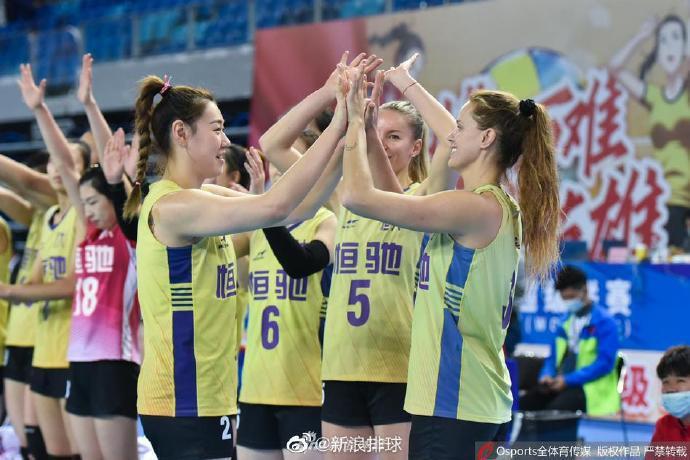 2020-2021赛季中国女子排球超级联赛6强赛收官日的争夺在江门打开