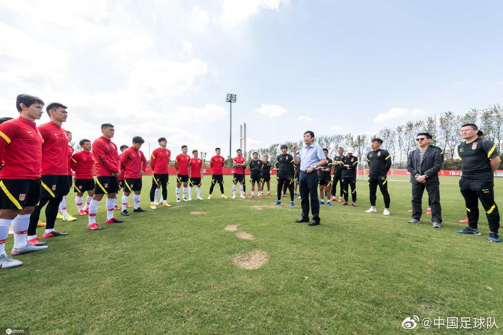 中国足球2021年方案初定 最全收拾想看的都在这里
