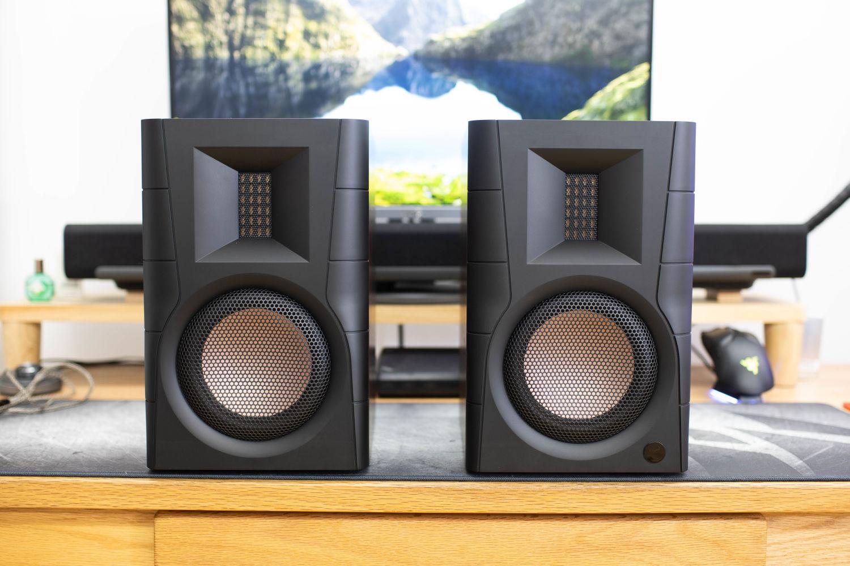 2021值得推荐的桌面2.0音箱,惠威D200
