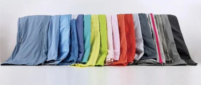 18款防晒衣对比:JEEP、贝落客等6款防晒不达标,迪卡侬、森马透气性较差
