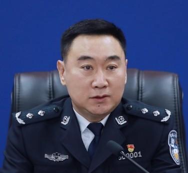 孟炜被免去丹东市副市长、市公安局局长职务
