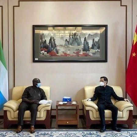 驻塞拉利昂大使会见塞国家减灾局局长西塞