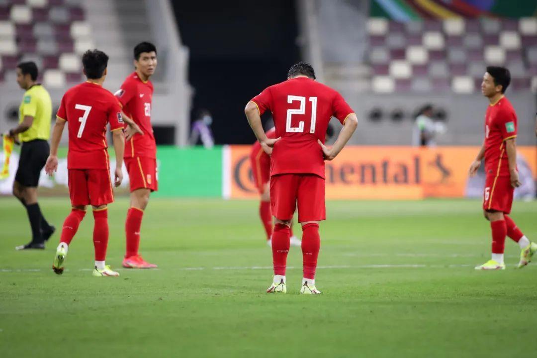 足球报评李铁言论:虽不合时宜 但展现自信和个性