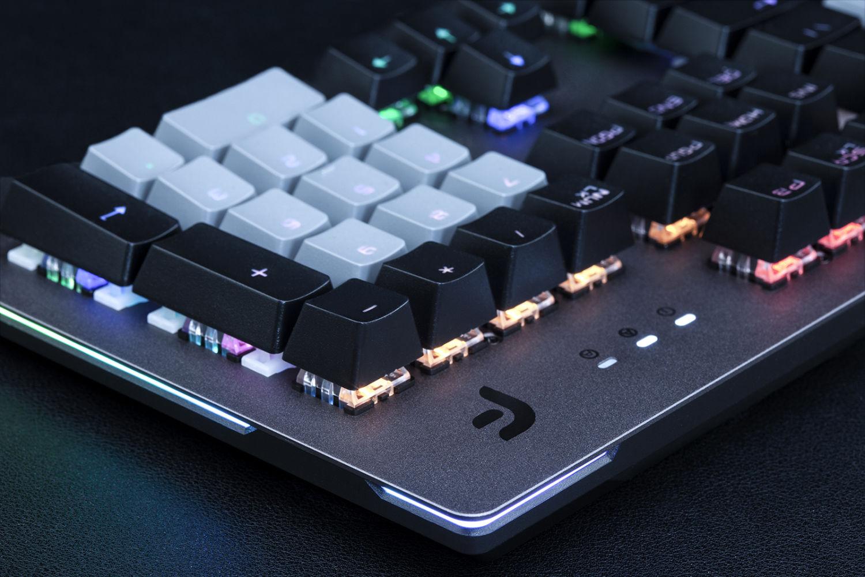 玩家适合什么机械键盘,简约轻时尚,迪摩F1