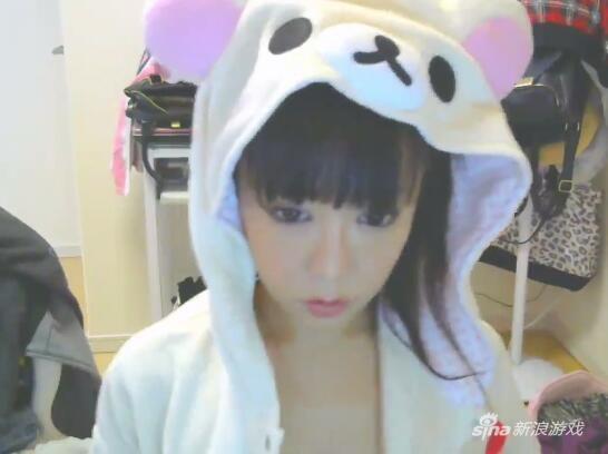 日本美女主播穿女仆装直播,接下来的一幕让所有网友都惊呆