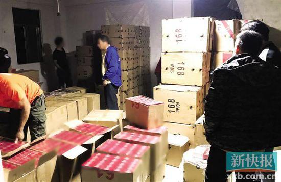 警方發現一小貨車頻繁往返于廣州