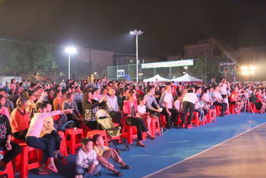 社區居民觀眾