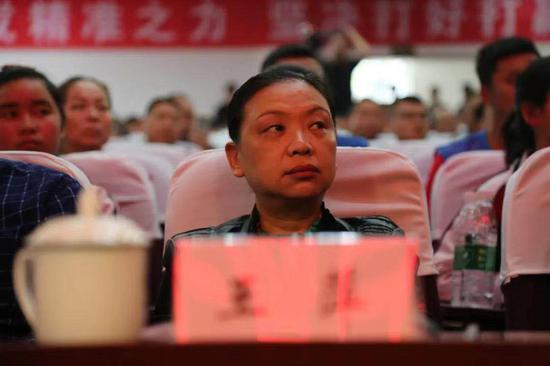 宜宾市人民政府副市长、中共筠连县委书记王萍