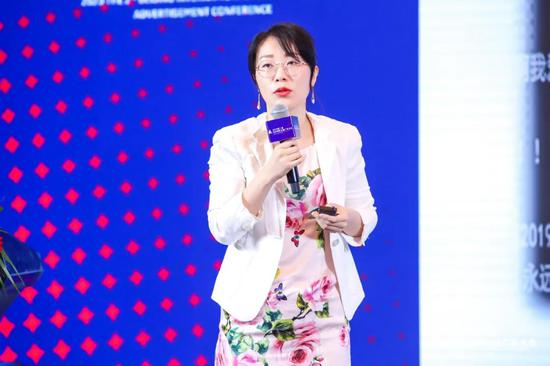 中宣部电影频道节目制作中心办公室副主任、高级编辑徐楠