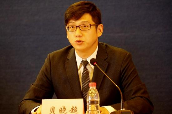 中国红十字基金会副理事长兼秘书长贝晓超介绍中国红基会在学校和社区建设应急救护数字化体系试点探索情况