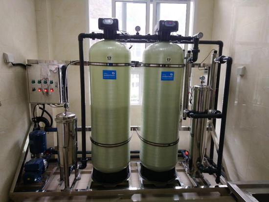 净水设备安装完成
