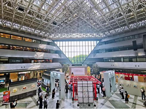"""熊猫""""阿璞""""首次走出国门 公益、环保展亮相日本大阪"""