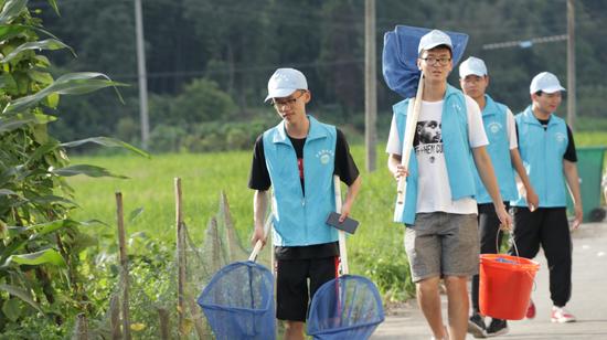 千岛湖民间河长志愿者活动