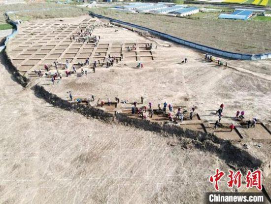 甘肃发现仰韶文化大型聚落 文化贯穿新石器时代至明清