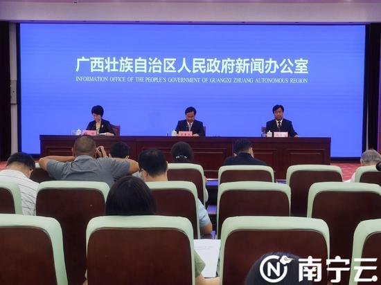 廣西桂林市實現26.98萬人脫貧 3