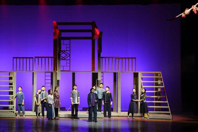 广西壮族自治区成立60周年﹒献礼音乐剧《木棉红了》在邕上演