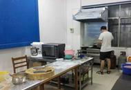 武漢一高校現共享廚房
