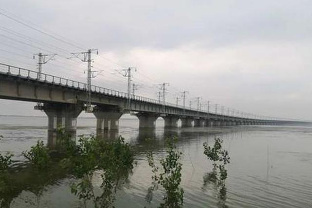 2078公里堤防水位超警戒以上 8.3萬干部群眾上堤值守