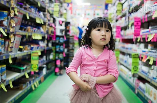 多地发生小孩玩食品干燥剂致伤事件