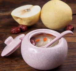 润肺食谱:冰糖红枣雪梨汤