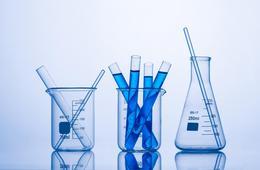 国家药监局已批准17款新冠检测试剂盒