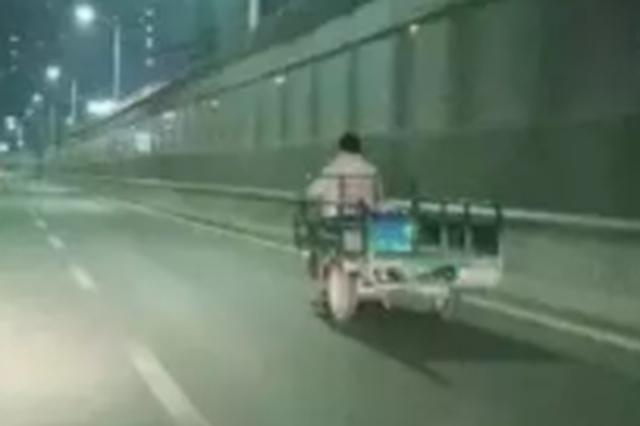 郑州骑电动车的人注意了 再这么上路将被交警处罚