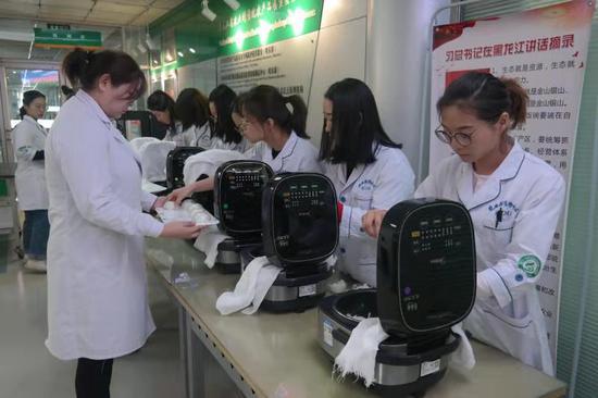 第二届中国?黑龙江国际大米节稻米品评品鉴初评工作开始