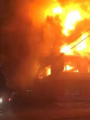 佳木斯富锦头林镇一家饭店发生火灾