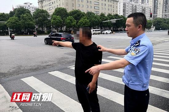 遗弃伤者毁灭证据 长沙一肇事司机迫于压力投案
