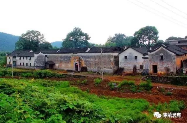 毛坪里村清代古院落。