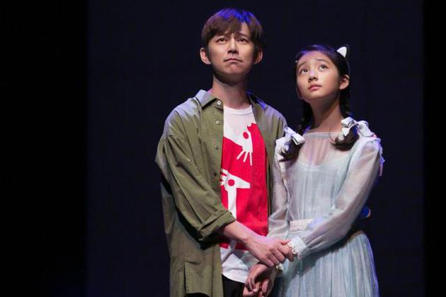 多多将与何炅同台出演话剧 黄磊孙莉发文感慨万千
