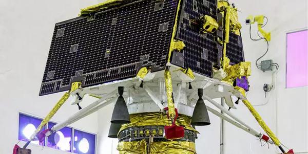 """""""月船2号""""上的""""维克拉姆""""着陆器"""