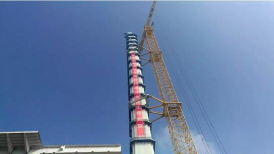 今年9月,浦仪公路主桥实现主塔封顶。 缪伟摄