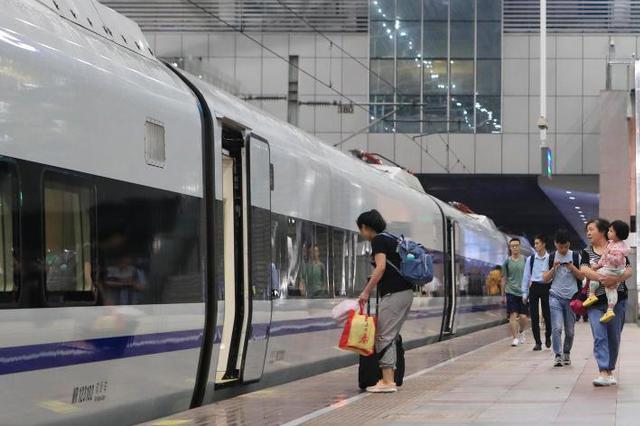 """受臺風""""利奇馬""""影響 長三角鐵路計劃停運多趟旅客列車"""