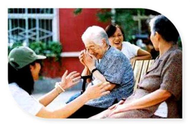 江苏60岁以上老年人口已占23.04% 专业护理人员短缺