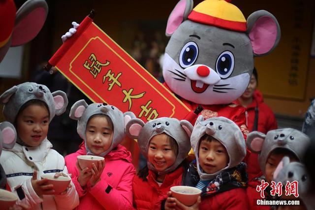 中国传统节日腊八到 今天你喝粥了吗?